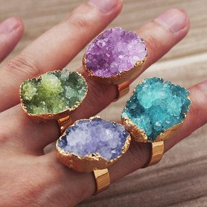 Is it OK to combine multiple crystal stones?