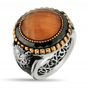 Charming ring with orange agate stone