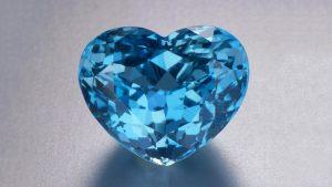 Heart-shaped Aquamarine stone