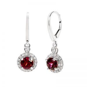 A stunning pair of Garnet earrings